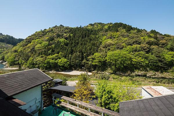 shikoku-guesthouse-momonga (67)-min.jpg