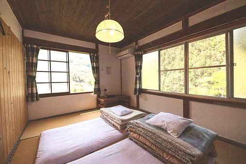 shikoku-guesthouse-momonga%20(60)-min_ed