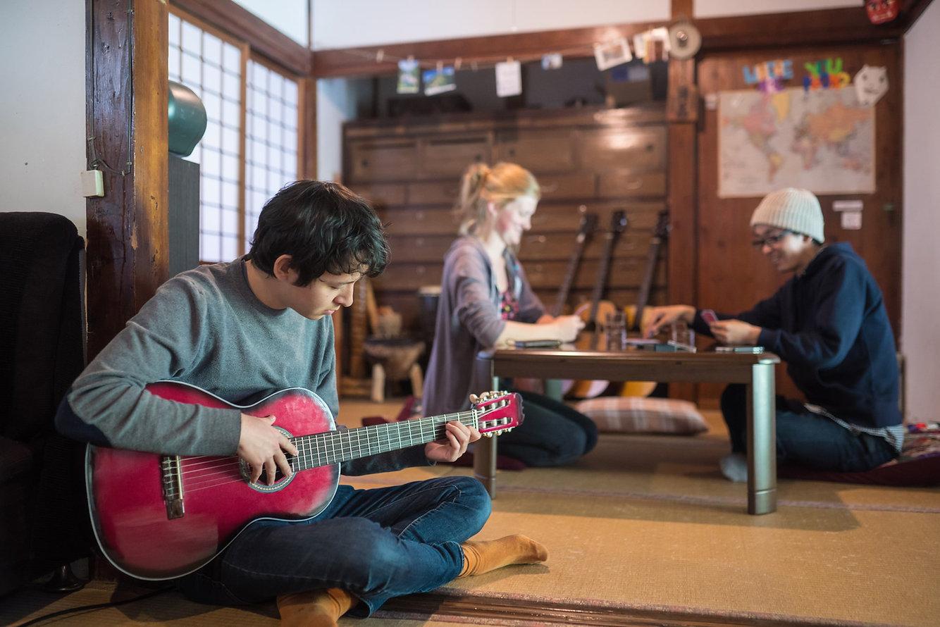 shikoku-guesthouse-momonga (84)-min.jpg