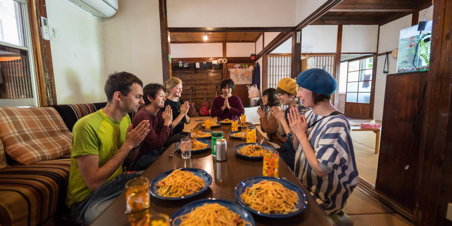 shikoku-guesthouse-momonga (54)-min.jpg