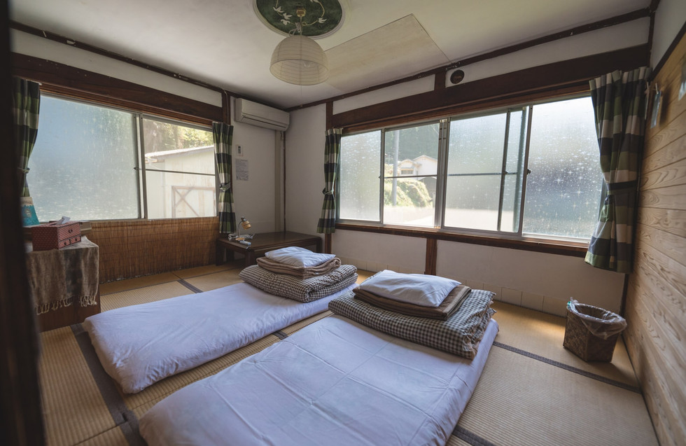 shikoku-guesthouse-momonga (61)-min.jpg