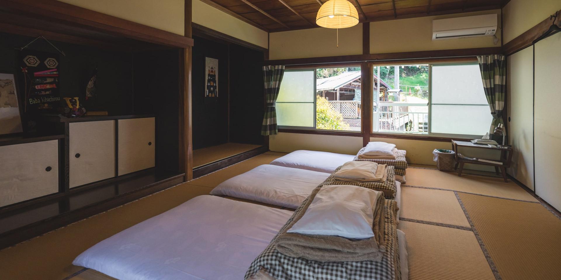 shikoku-guesthouse-momonga (65)-min.jpg