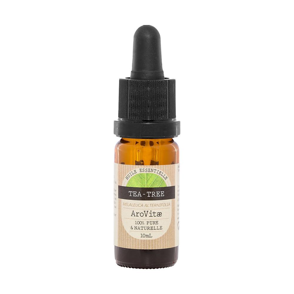 Qulelques gouttes d'huiles essentielles de tea tree AroVitae dans un bain de vapeur pour réaliser une détox beauté et faire peau neuve au printemps