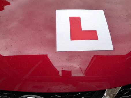 點先知道英國個教車師傅好唔好?