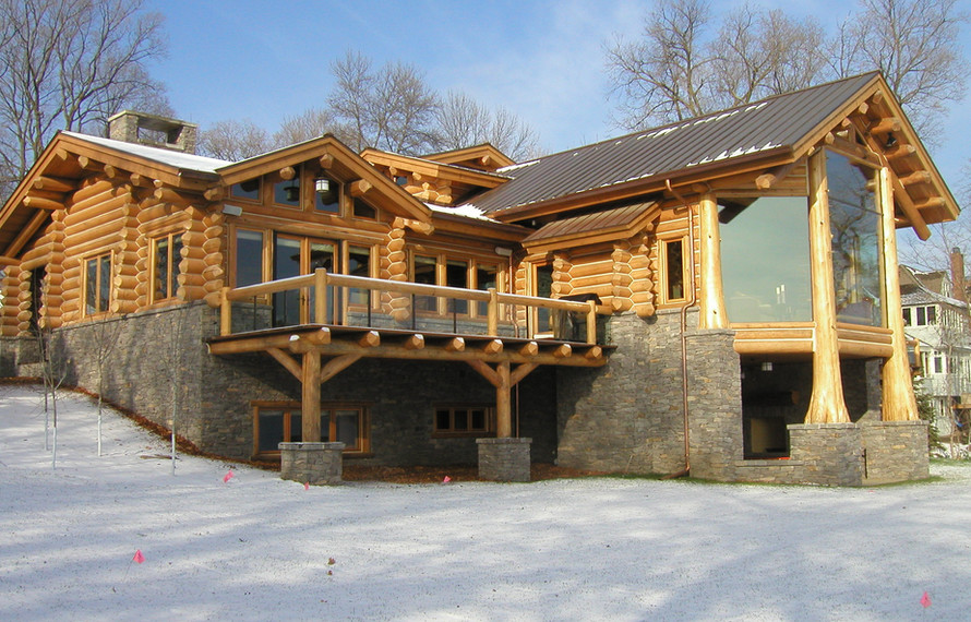 Log Home Lake Side