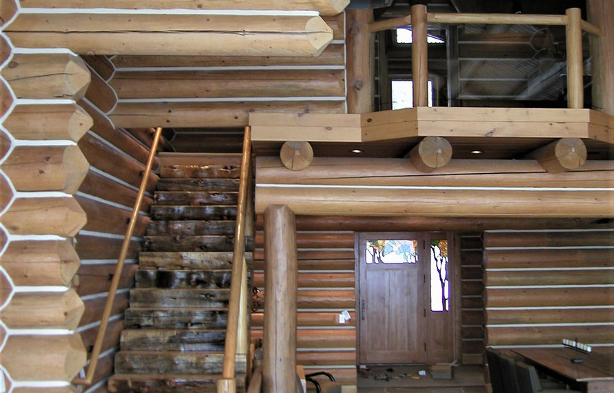 Log Home Interior.jpg