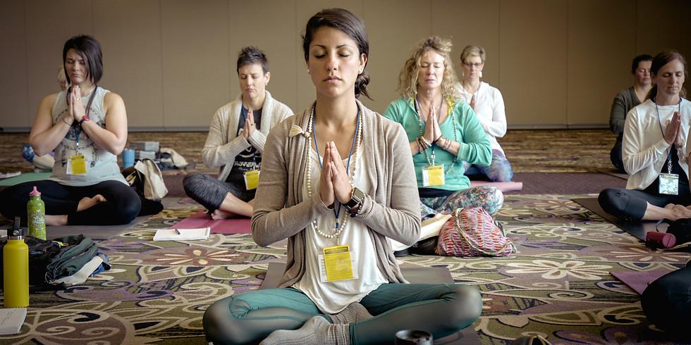 Using Essential Oils with Yoga + Meditation