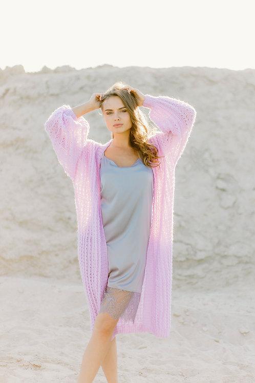 Кардиган ручной вязки и платье-комбинация