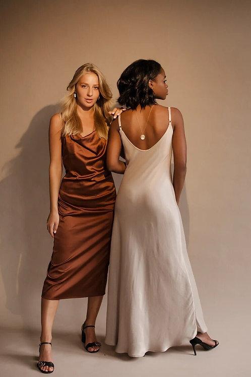 Платье из шелка шоколадное