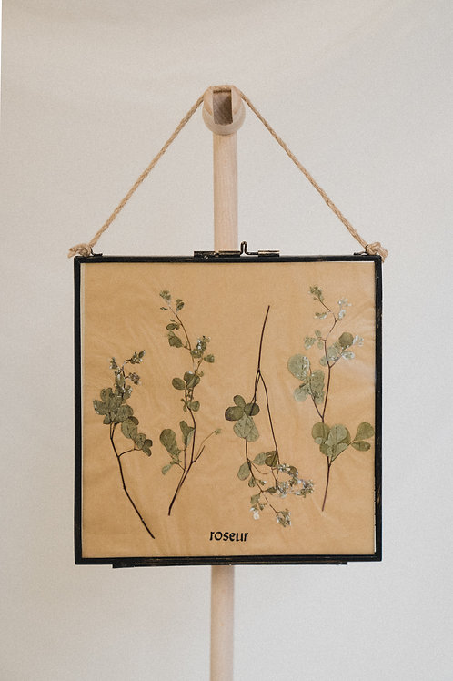 Pressed Flower Frame - dancing twins (medium)