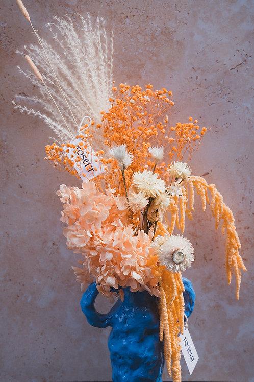 Mandarin hydrangea bouquet (m/l)