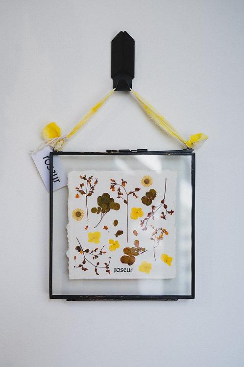 Pressed Flower Frame - Dancing Diva(medium)