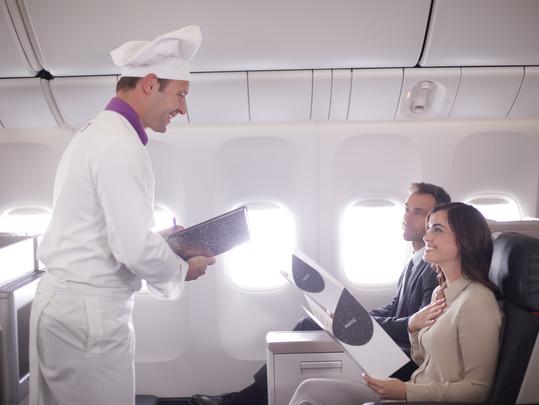 Turkish Airlines retoma o programa a bordo Flying Chefs, com os sabores mais requintados do mundo!