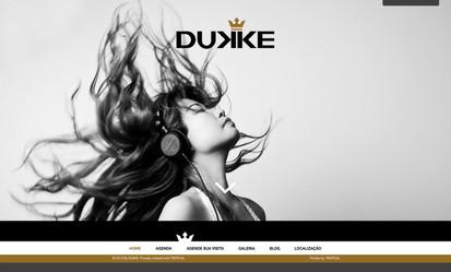 diretordeartefreela-sites_0002_dukke.jpg