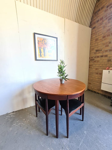 Frem Rojle Table and 4 Chairs