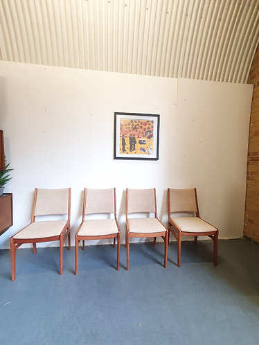 4 x D Scan Dining Chairs