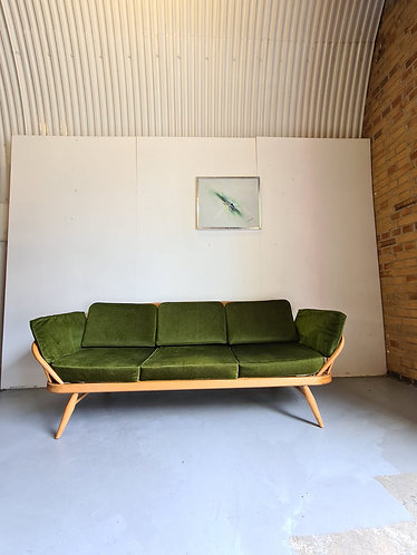 Ercol Daybed Sofa