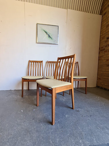 4 x Vamdrup Moblefabrik Dining Chairs