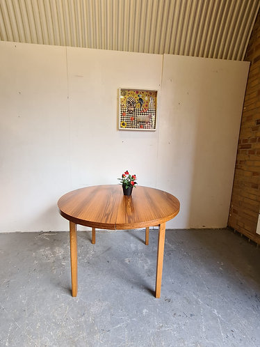 Mid Century Extending Dining Table