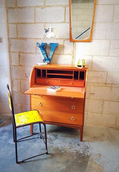 Retro Eames chair