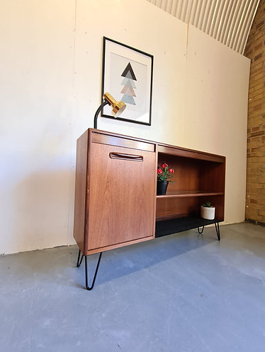 Retro Bookcase With Cocktail Cabinet