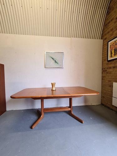 Skovby Extending Dining Table