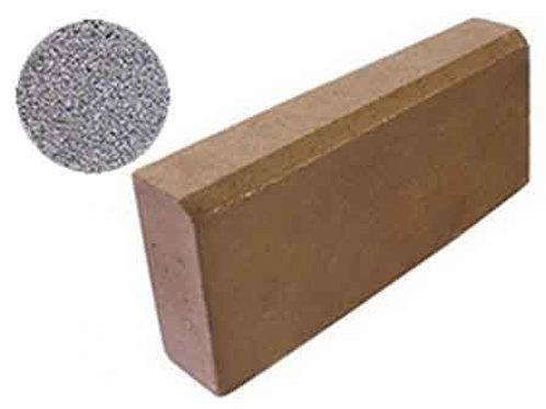 Бордюрный камень серый (бетонный)