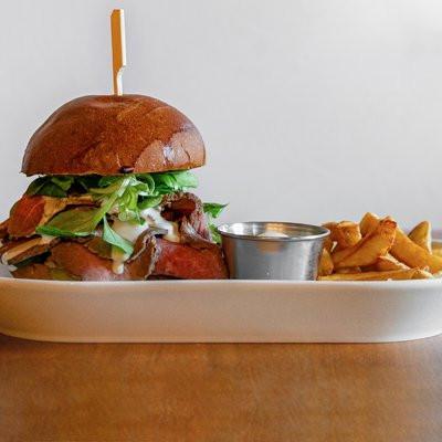 1-rostbeef-burger-domaci-hranolky-150g-8