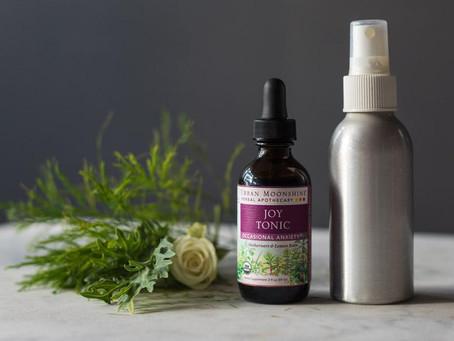 Recipe: DIY Aromatherapy Spray