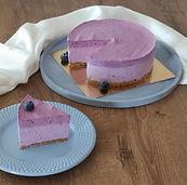borovničeva torta brez peke, borovničeva torta, sladka borovnica, torta brez peke, torta z borovnicami, urška peče, cake o clock