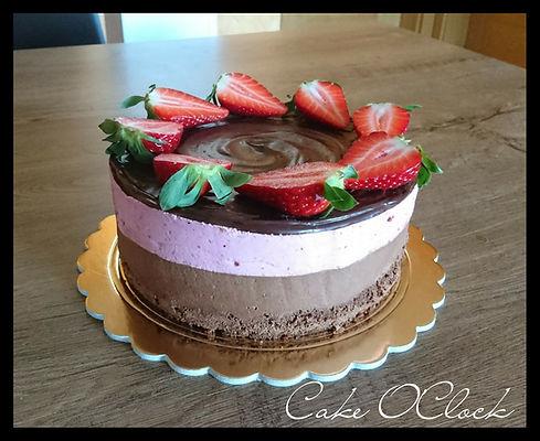 Čokoladna torta z jagodo