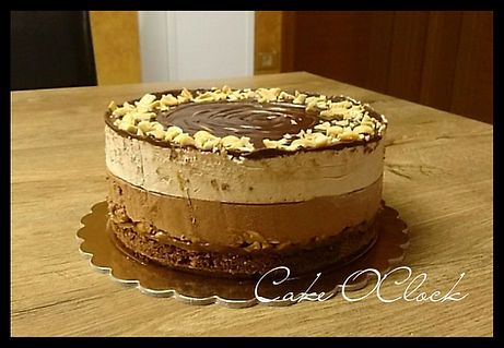 snickers, snickers torta, torta, torta snickers, arašidi, čokoladna torta, torta s karamelo, karamelna torta