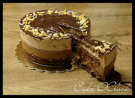 snickers torta, torta, snickers tortica, snickers, božanska torta, čokoalda, arašidi