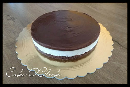 kinder, kidner pingvin, kinder pingvin torta, kinder torta, kinder pingui, pingvin, torta, brez peke, torta brez peke, cheesecake, kinder pingvin brez peke