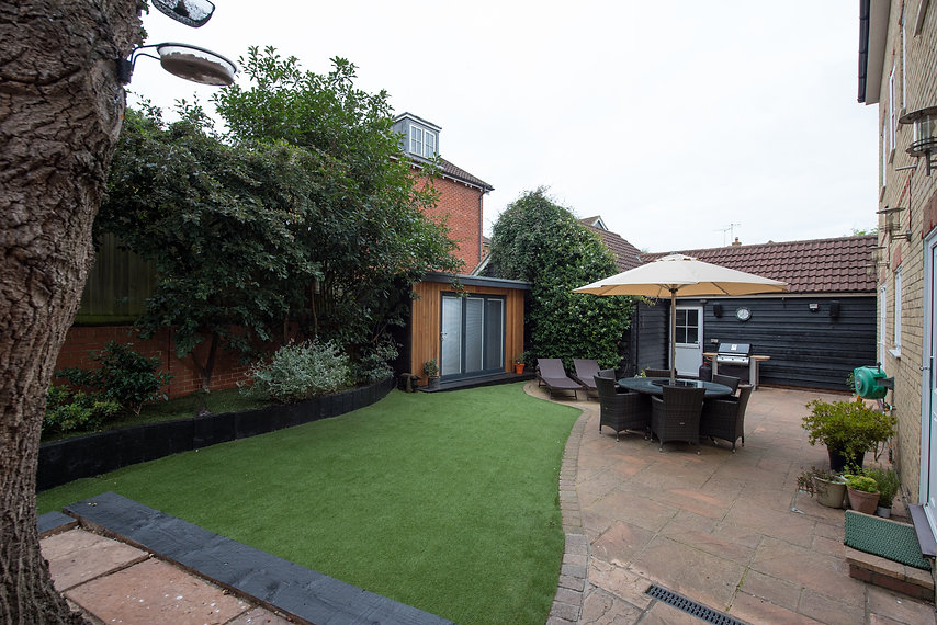 Landscaped garden with patio area.jpg
