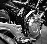 motorcycle-410165_1920.jpg