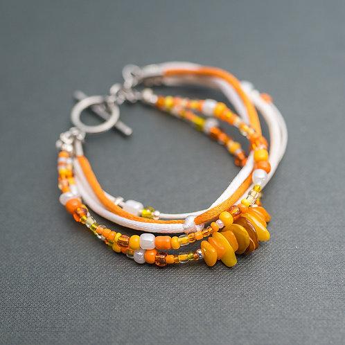 Poppiges Armband in Orange
