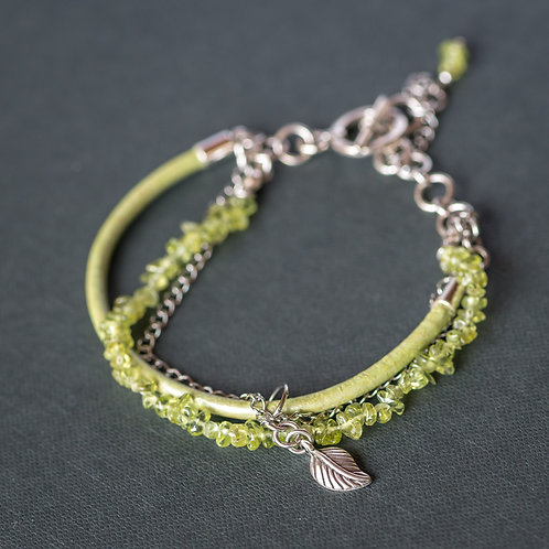 Zart-grünes Armband mit Peridot