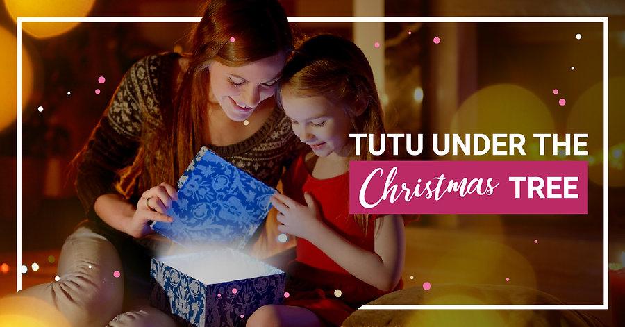 310735_Tutu Under the Christmas Tree_opt