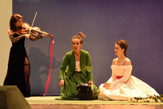 Agathe, Hamburgische Staatsoper 2016, with Gabriele Rossmanith as Ännchen
