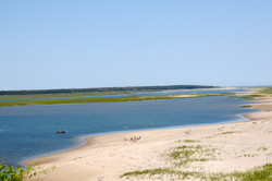 Nauset inlet, 2 min. walk from house