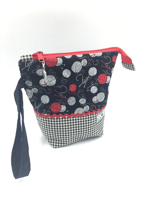"bitty bag: ""amazeballs (of yarn!)"""