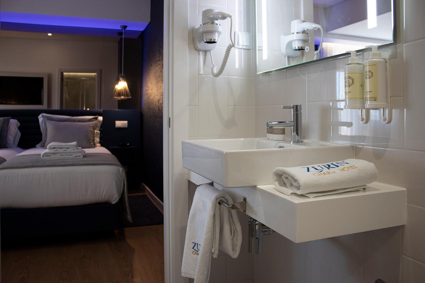 wc quarto hotel 1.jpg