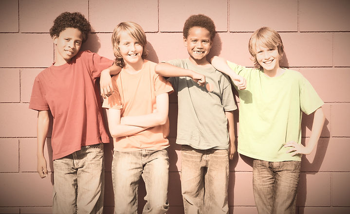 group of diverse mix race kids_edited_edited_edited.jpg