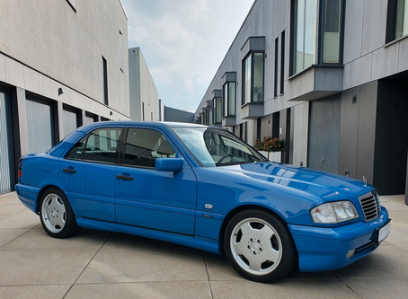 Can you Dig the Blues? 1999 C43 AMG in Lapis Blue