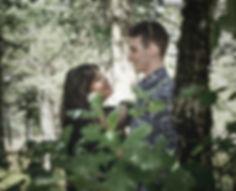 Séance photo d'engagement avec Lucie et sébastien qui s'est déroulé sur la puncho d'Agast sur les hauts de Millau dans l'Aveyron