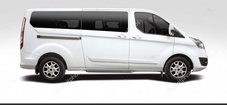 60 depositphotos_158610678_stock_photo_ford_tourneo_custom_minibus.jpg