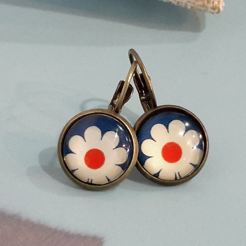 Red, white and blue flower ear rings