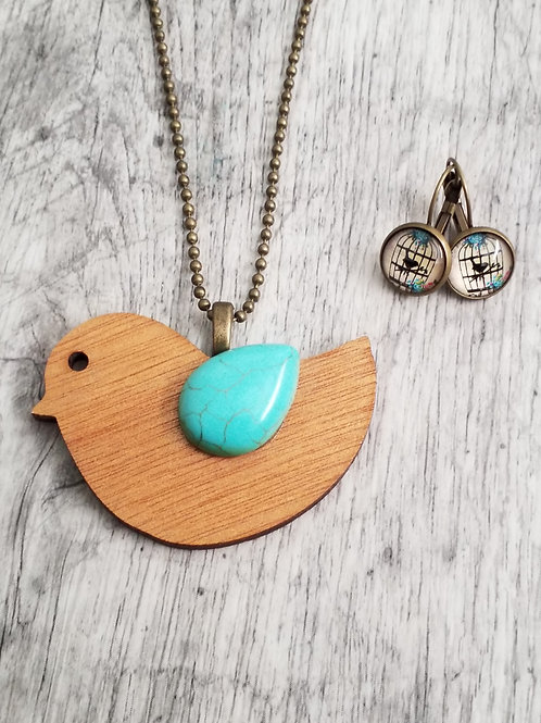 Wooden bird pendant