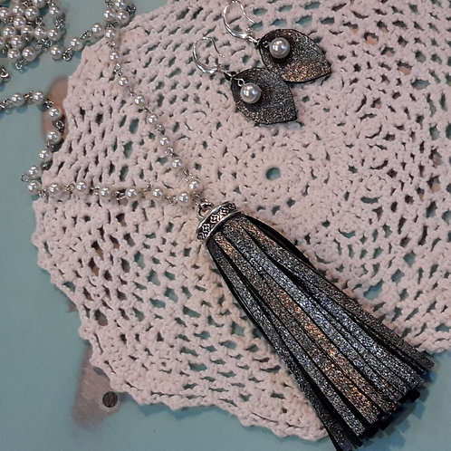 Slate leather and pearl tassel necklace